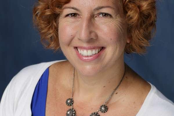 Dr. Cindy Prins